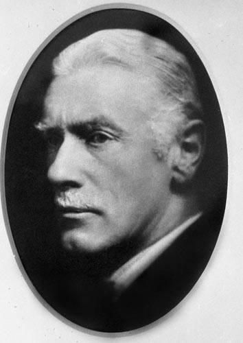 1937: Sir John Edward Thornycroft
