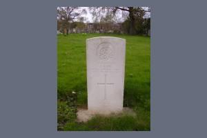 Gravestone of Justyn Bone
