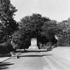 War Memorial West Park