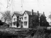 The Calvers, Mitcham