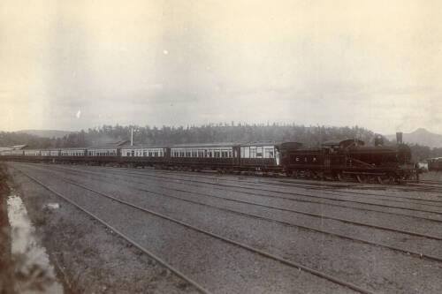 Trial train of 12 vestibuled corridor cars