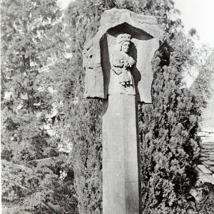 Virgin and Child, Putley Cross, Herefordshire, 1916