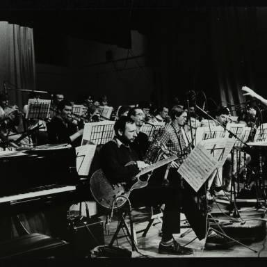 Michael Garrick conducting