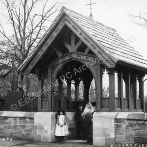 Lych Gate at St Mary's Church, Ecclesfield.jpg