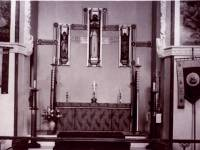 St. Mark's Church, Wimbledon: The altar