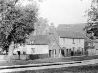Cottages on Cranmer Road