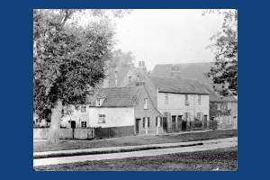 Cottages on Cranmer Road