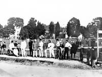 Cricketers on Lower Green, Mitcham