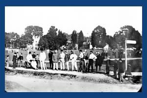 Cricketers on Lower Green, Mitcham