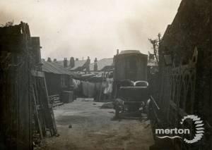 North Road, Wimbledon: Gypsy site