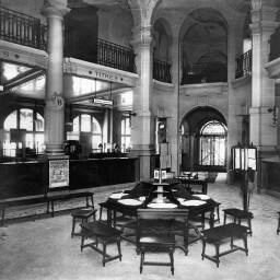 Photograph of the banking hall in the head office of Banque Suisse et Française