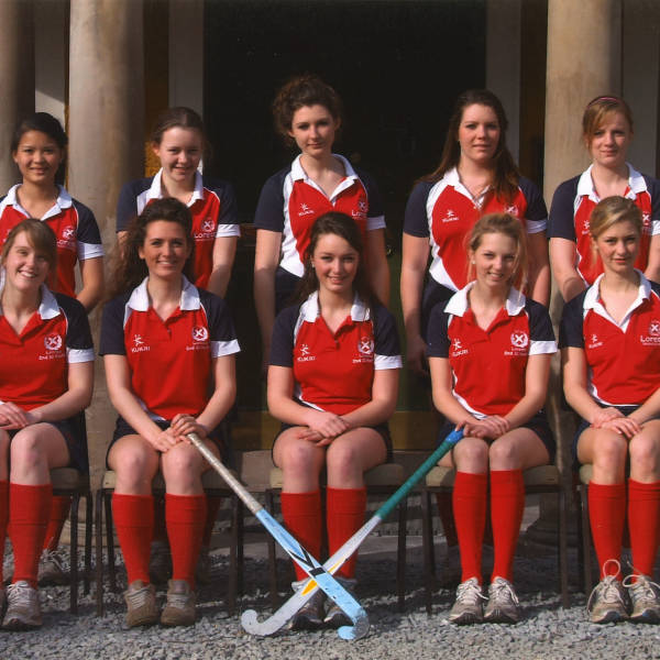 Girls-Hockey_2009_2nd-XI.jpg