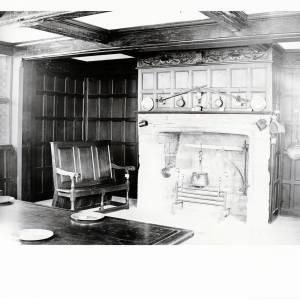 Li1485 Hereford High Town Old House - Fireplace, ground floor (oblong).jpg