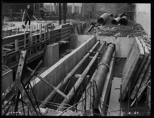 "18"" main diversion, Waterloo Bridge"