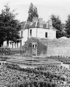 The Canons, Mitcham: Part of gardens