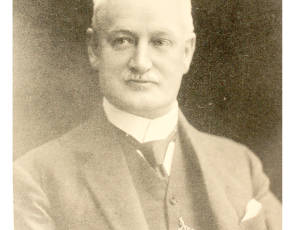 1911-1913, Sir John Holden, Mayor of Leigh