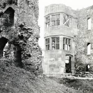 Brampton Abbotts Castle