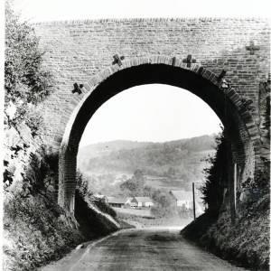 Goodrich, bridge over country lane
