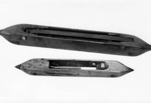 03 Hand-Loom Shuttles