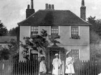 Manor Road, Pollards Hill