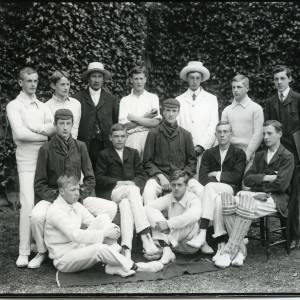 G36-026-01 Hereford Cathedral School cricket team.jpg