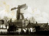 Wimbledon windmill with missing sail
