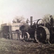 1940s Mr Gadsend's Traction Engine and Threshing Machine