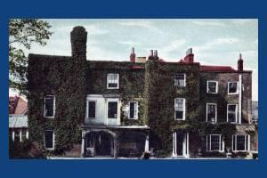 Merton High Street, Merton, Gate House
