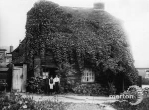 Phipps Bridge Road, Mitcham: Old House