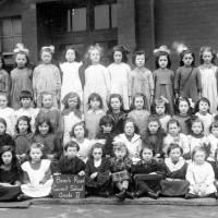 Beach Road Primary School pupils, Grade 2, 1921