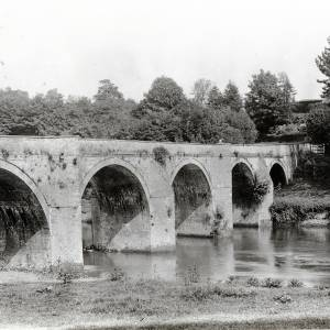 Bredwardine Bridge before restoration