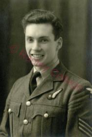 WW2 HarperAV085