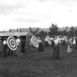 G36-452-07 Ladies archery at Harold Street.jpg
