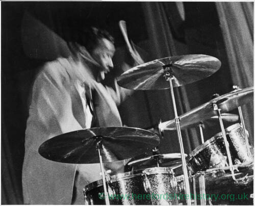 074 - Male drummer with cymbals and drums