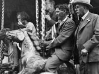 Mitcham Fair: Fairground ride