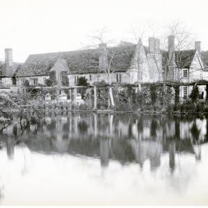 Brinsop Court, Herefordshire, moat