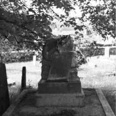 Headstone for Henry Trengrouse.