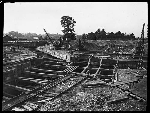 West Molesey strutted trench
