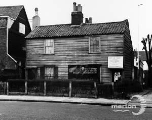 Kingston Road: No's. 122 and 124