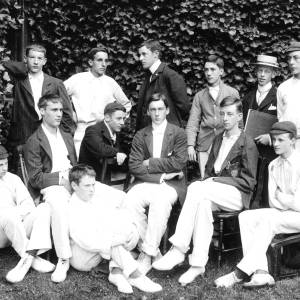 G36-446-09 Hereford Cathedral School cricket XI.jpg