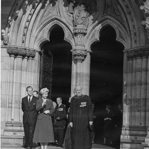 202 - The Queen, Duke of Edinburgh and clergy outside Hereford Cathedral