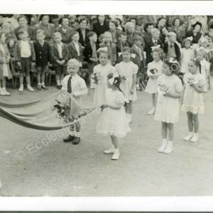1951. 41st May Queen Florence Rayner (a)