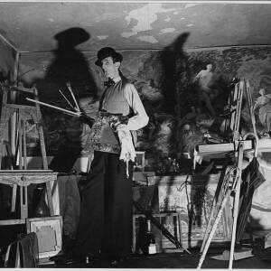 "698 - ""Trevor Makensen paints mural at 3 Counties Hotel, Aylestone Hill"""