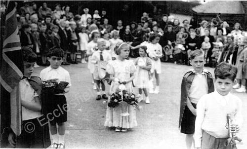 Rose Day Grenoside Infant School 1951