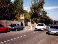 Garth Road, Lower Morden: traffic calming