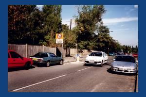 Garth Road, Lower Morden: traffic calming