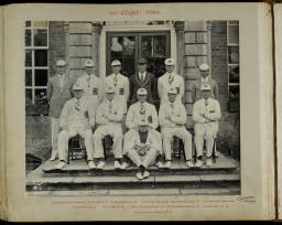 Photograph Album - 1916-1930_0073 Rowing VIII 1930.jpg