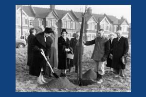 Tree planting ceremony, Tamworth Park, Mitcham