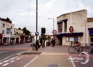Colliers Wood Underground Station