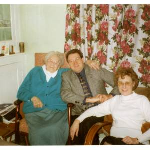 Ada Johnson (nee Morris) (aka Kate) c.1993 aged 85 with son Keith and daughter Dorothy